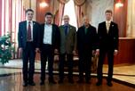 В посольстве Республики Узбекистан проходили переговоры между руководителями НАОРЦ и представителями группы компаний 'Узбекозиковкатхолдинг' г-ми Ж.Бердиевым, Б.Касимовым и Р.Самандаровым.