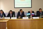 Губернатор Свердловской области провел переговоры с делегацией Наманганской области Республики Узбекистан во главе с хокимом (губернатором) Хайрулло Бозаровым.